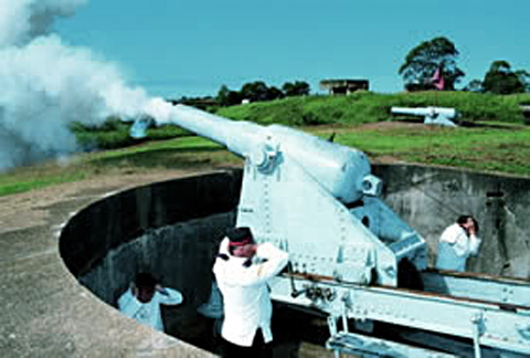 Hear the big guns roar as the historic 64 pounder and 6 pounder cannons are fired. Photo: Courtesy Tourism and Events Queensland.