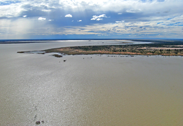 Usually only the main lakes in the park contain water, but in exceptionally wet years the lakes join to form a continuous body of water from north to south. Photos: Mark Handley © Queensland Government