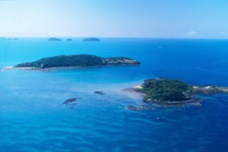 The islands of Barnard Island Group National Park, Queensland.
