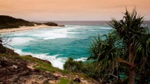Minjerribah is a picturesque island featuring spectacular rocky headlands—great for viewing whales—with stunning ocean views and long stretches of white sandy beaches.