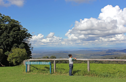 The Gus Beutel lookout is close to the Cedar Block day-use area. Photo: Karen Smith © Queensland Government