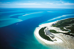 Image of Moon Point, Great Sandy Strait. © Tourism and Events Queensland.
