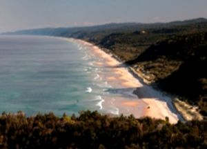 Photo of the Cooloola sandmass, one of the largest accumulations of sand built up over the past 500,000 years.