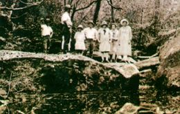 Walkers at Cania Gorge in the 1920s. As the area became increasingly popular with visitors, a section of the gorge was protected as a scenic reserve in 1924, and the national park was gazetted in 1977. Photo: courtesy Beryl Bleys.