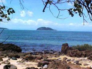 Scenic beach views, Dunk Island. Photo: Queensland Government.